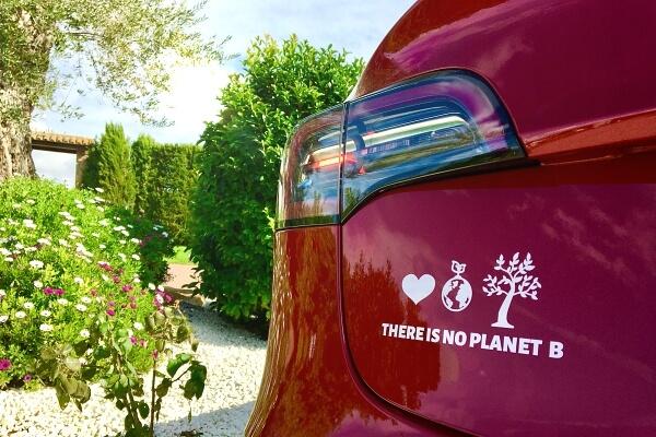 Agis dans la protection de l'environnement avec nos stickers!
