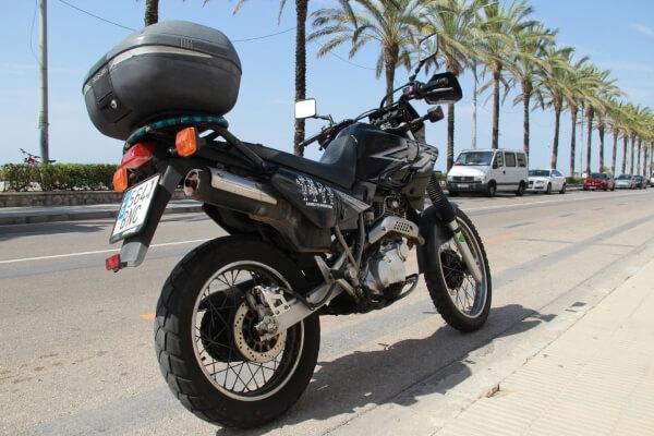 Personnalise ta moto avec les stickers OriginalPeople
