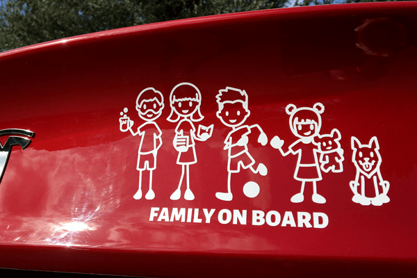 Stickers to apply everywhere with your family