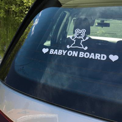 """Sensibilise les autres usagers avec un sticker pour voiture personnalisé """"Bébé à bord""""!"""